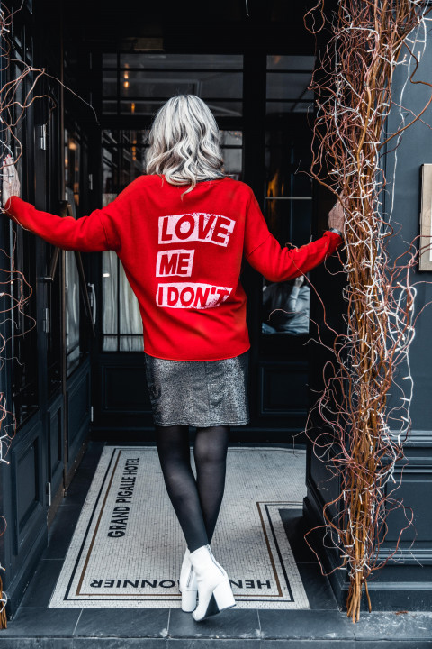 PULL LOVE ME ROUGE